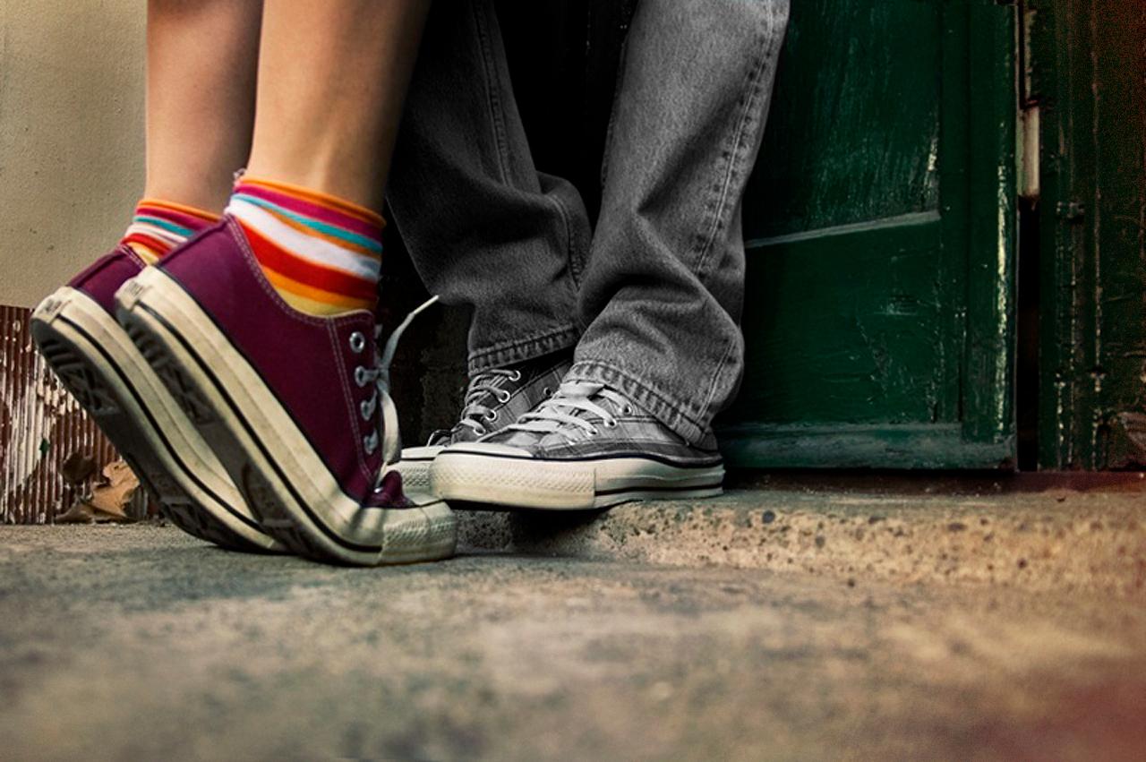 Фото ног девушки и парня 22 фотография